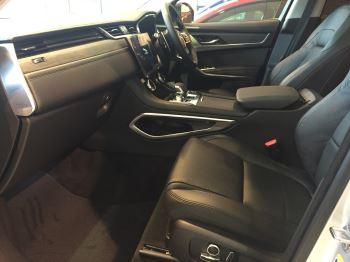 Jaguar F-PACE 2.0 D200 S AWD image 6 thumbnail